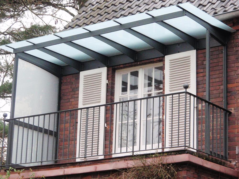 berdachung balkon haloring. Black Bedroom Furniture Sets. Home Design Ideas